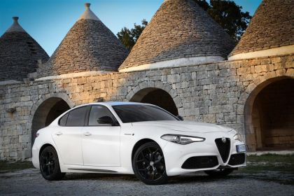 Alfa Romeo Giulia Saloon Saloon 2.2 TD 160PS Super 4Dr Auto [Start Stop] [Driver Assistance Plus]